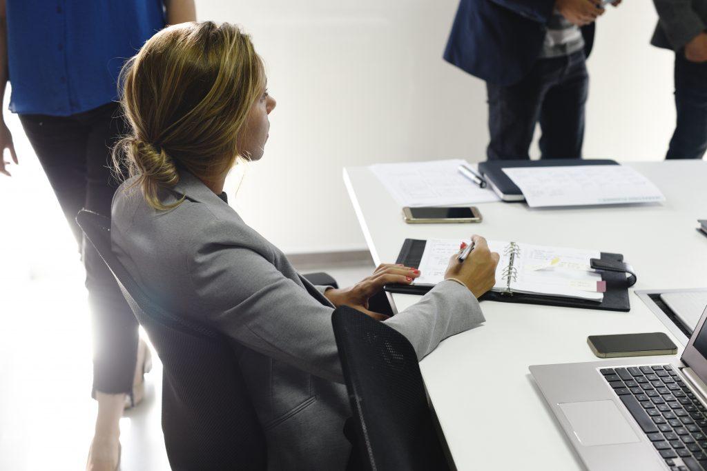 Langkah Tepat Menyusun SOP untuk Perusahaan